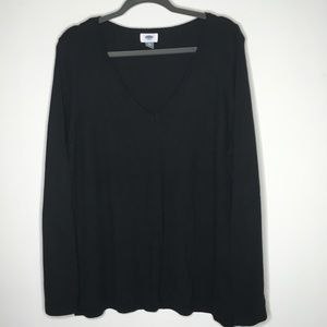 Black old navy v-neck sweater